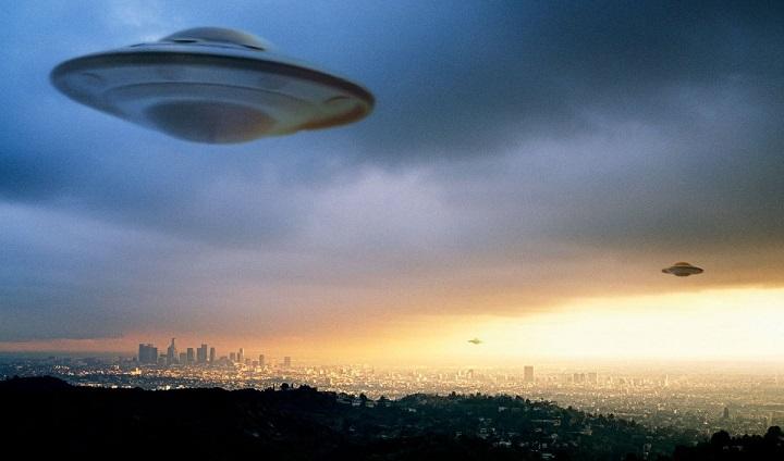 Федеральные службы США теперь обязаны публиковать данные о контактах с НЛО