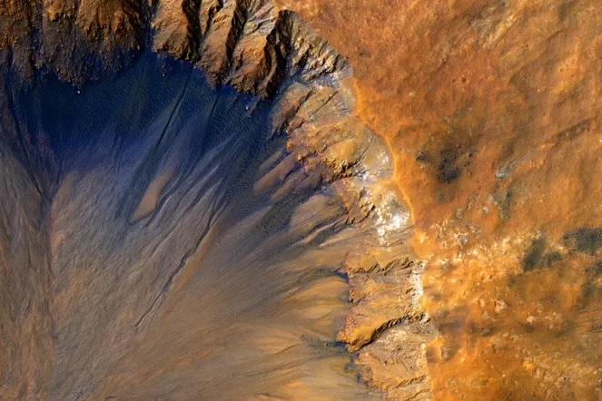 Где космонавты возьмут топливо, чтобы вернуться с Марса