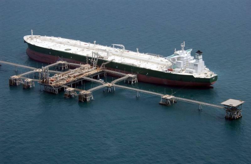 Саудовские нефтетанкеры не могут попасть в США