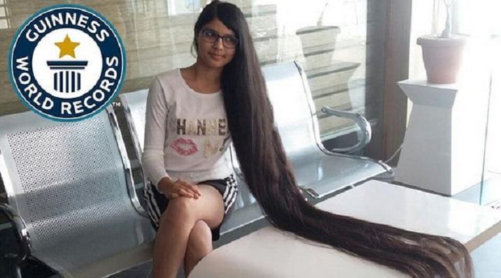 «Настоящая Рапунцель» остригла свои волосы впервые за 12 лет