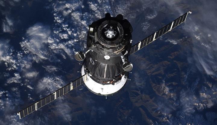 Эксперт рассказал, кто просверлил дырку в обшивке корабля «Союз МС-09»