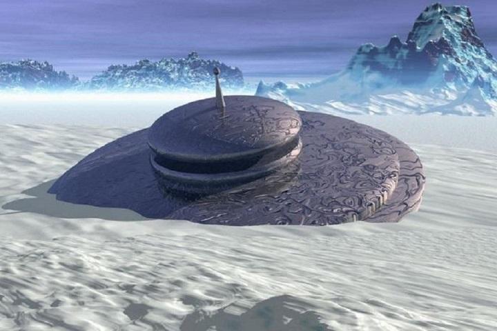 В Антарктиде обнаружили два НЛО посреди скалистой местности