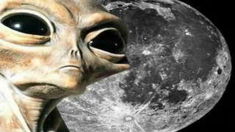 Очередные НЛО на Луне: похоже, что там идут космические войны