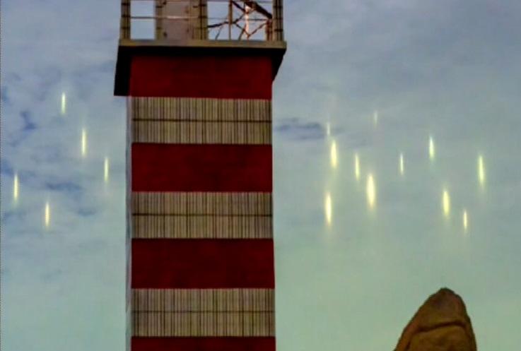 Флот «инопланетных кораблей» возник в небе над Китаем