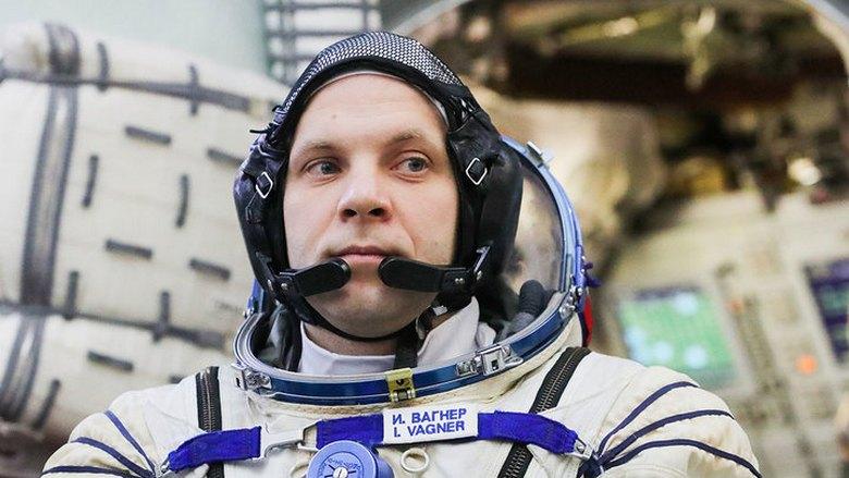 Нашумевшие НЛО, которые снял на видео космонавт МКС Иван Вагнер