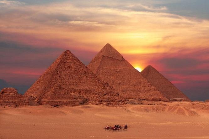 Первый в мире позолоченный гроб нашли археологи Египта
