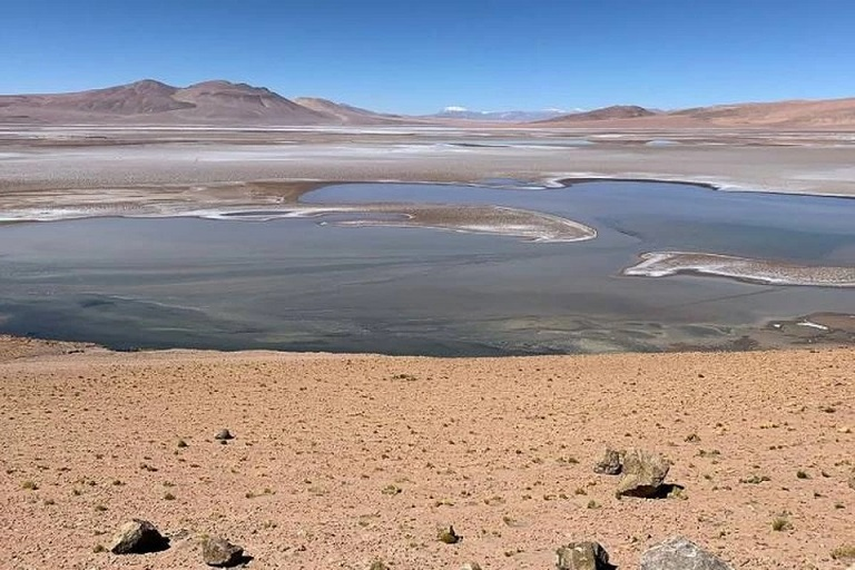 На Марсе обнаружена сеть озер, содержащих жидкую воду