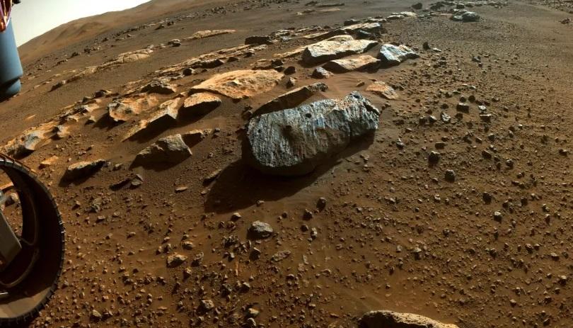 Образцы марсианских пород могут содержать «капсулы времени» с кристаллами соли