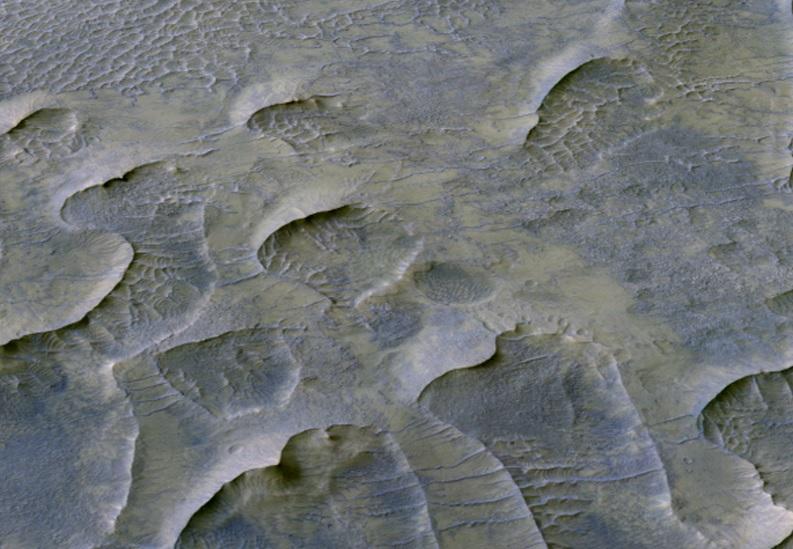 На Марсе обнаружили дюны, которым миллиард лет