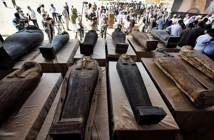 В Египте обнаружили крупное захоронение возрастом около 2500 лет