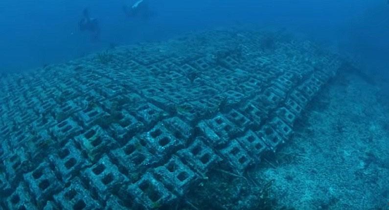 На дне Атлантического океана обнаружена древняя дорога