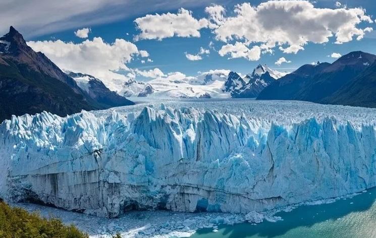 Под ледниками найден источник свободного водорода