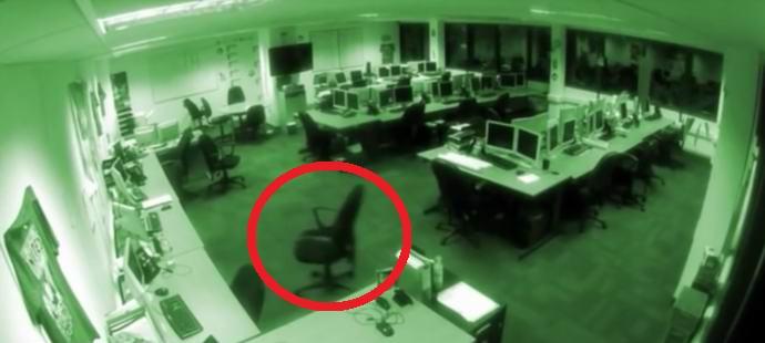 Офисные камеры засняли деятельность полтергейста