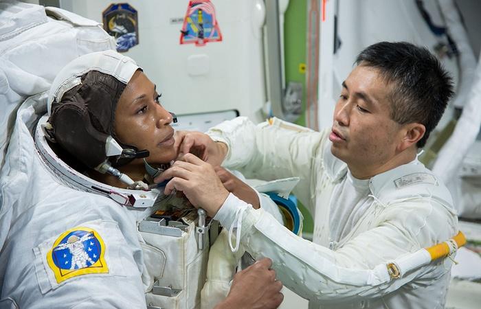 Первая негритянка в составе экипажа МКС