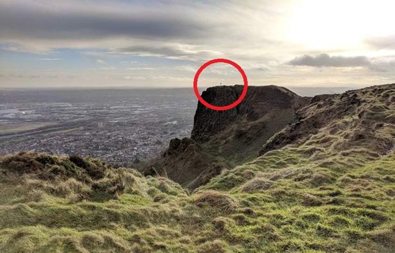 Мужчина случайно сфотографировал взлетевшего человека