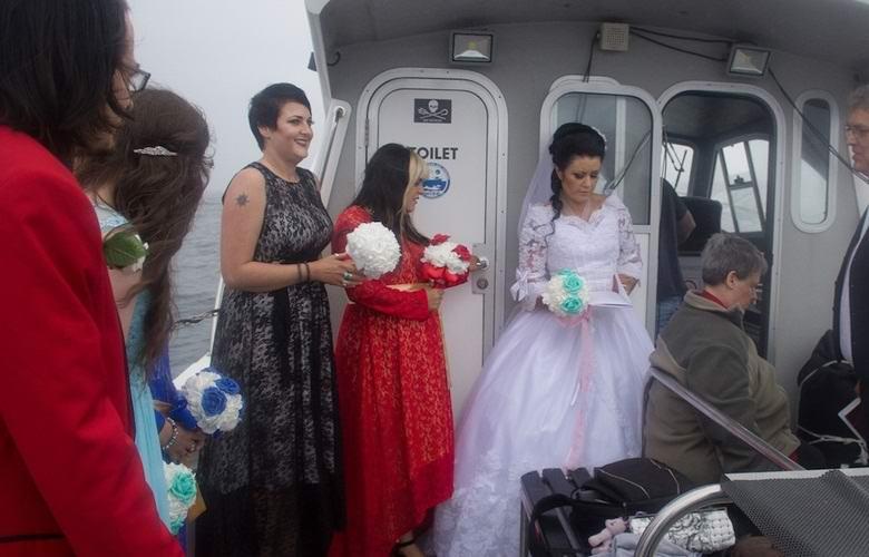 Британка вышла замуж за призрак пирата