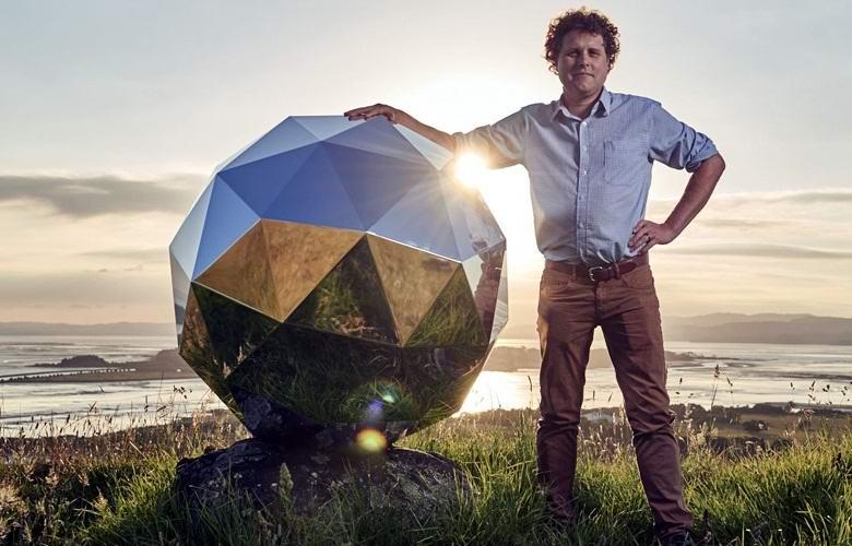 Астрономы раскритиковали «диско-шар», запущенный в космос