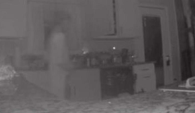 В доме женщины появился призрак сына