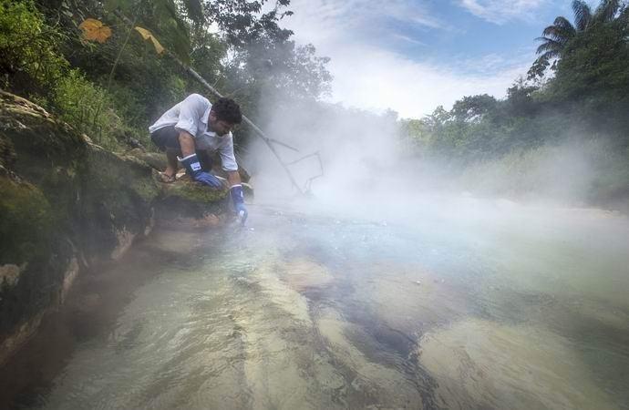 В Амазонии обнаружилась легендарная кипящая река (2 фото)