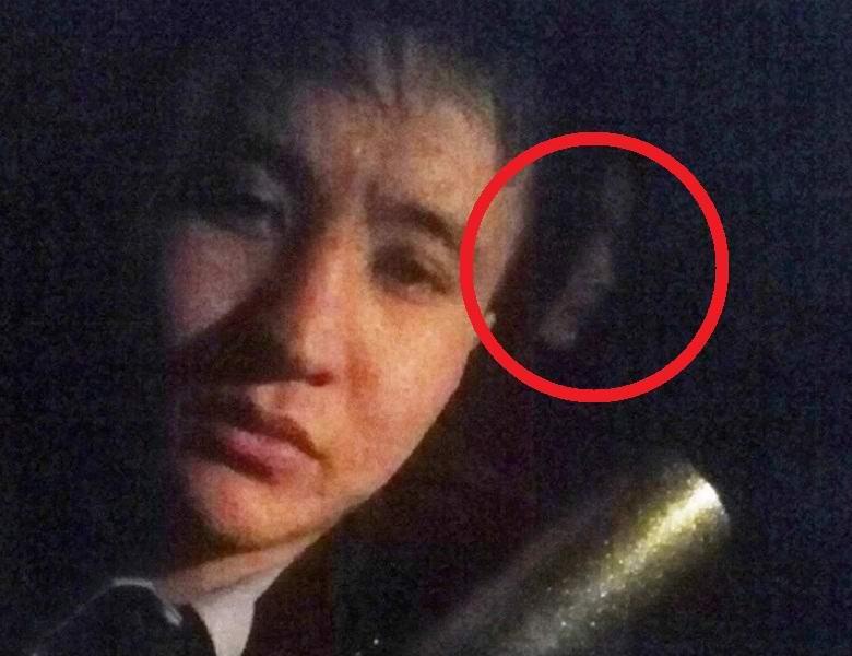 Казахстанец сделал селфи с призрачной девушкой
