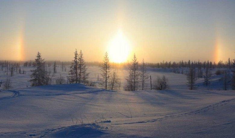 Над Ямалом местные жители наблюдали сразу три солнца
