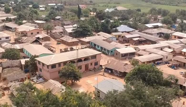 Деревня, где никого не хоронят и не рожают, а также где отсутствуют животные