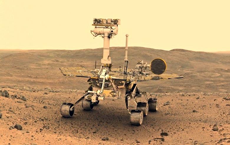 На фотоснимке, присланным с Марса, обнаружено что-то наподобие древней статуи