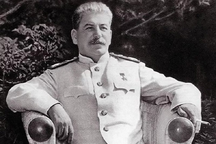 Ученые определили диагноз Сталина по его книгам