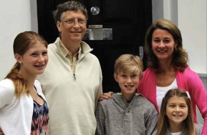Билл Гейтс не разрешал своим детям пользоваться сотовыми телефонами