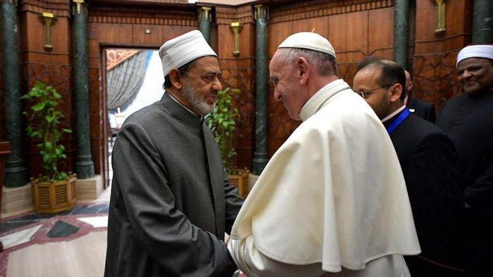 Что же такое произойдет в мае, о чем предупреждает Папа римский?