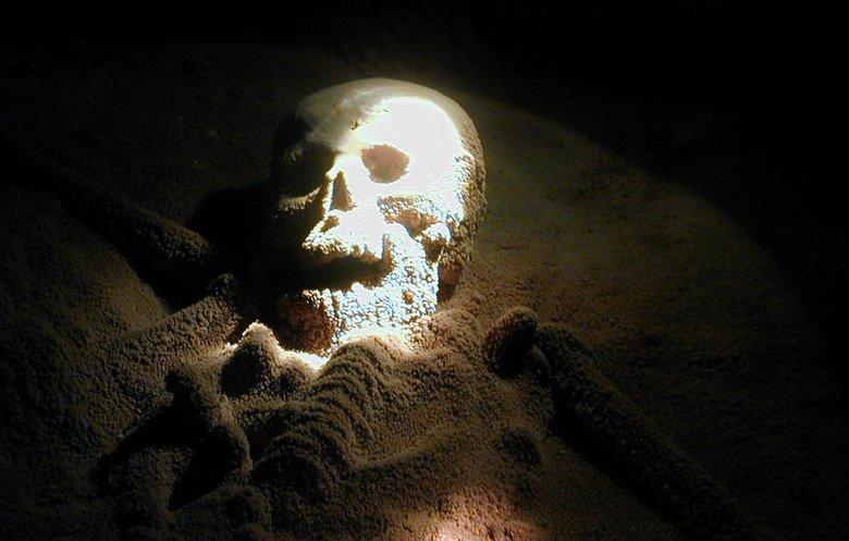 Пещера в Белизе хранит древние артефакты племени майя