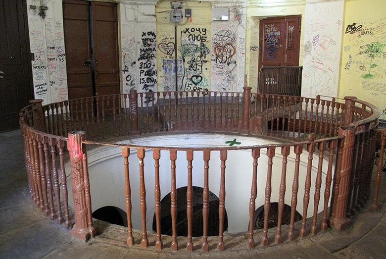 В Петербурге есть место выхода в четвертое измерение