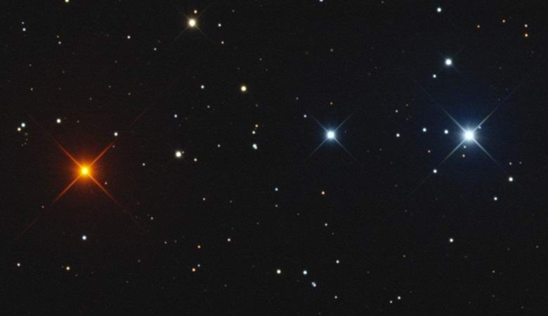 В штате Флорида засняли на видео перемещающиеся по небу «звезды»