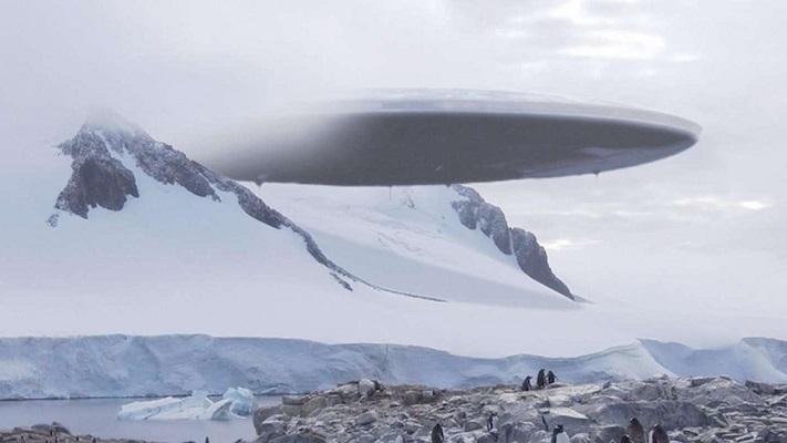 На спутниковых снимках Антарктиды уфологи разглядели НЛО