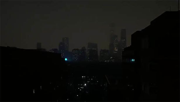 Жуткое зрелище: тьма накрыла Пекин средь бела дня