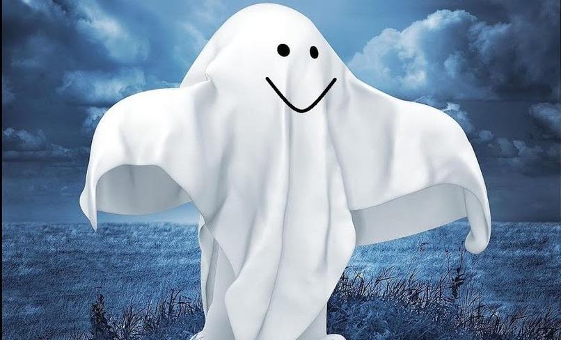 Девочка увидела призрака на своём видео и испугалась