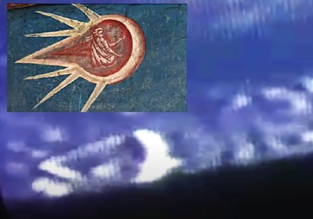 НЛО, похожий на объект из библейской картины, пролетел под МКС