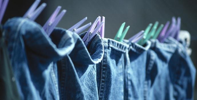 Джинсы требуют стирки – стирка портит джинсы