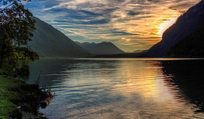 Таинственное озеро Фундудзи