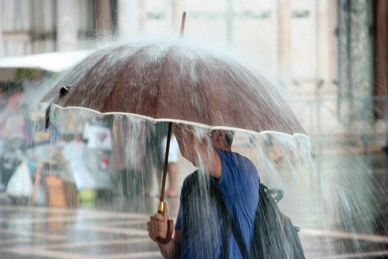 Во всем мире идут пластиковые дожди