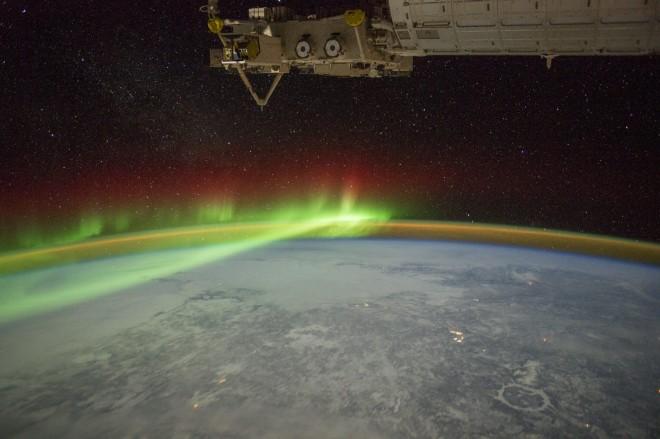 В атмосфере Марса обнаружили загадочное зеленое свечение