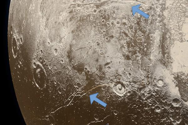 Раскрыта тайна океана жидкой воды на Плутоне
