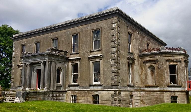 Охотники за призраками засняли дух в замке 19 века