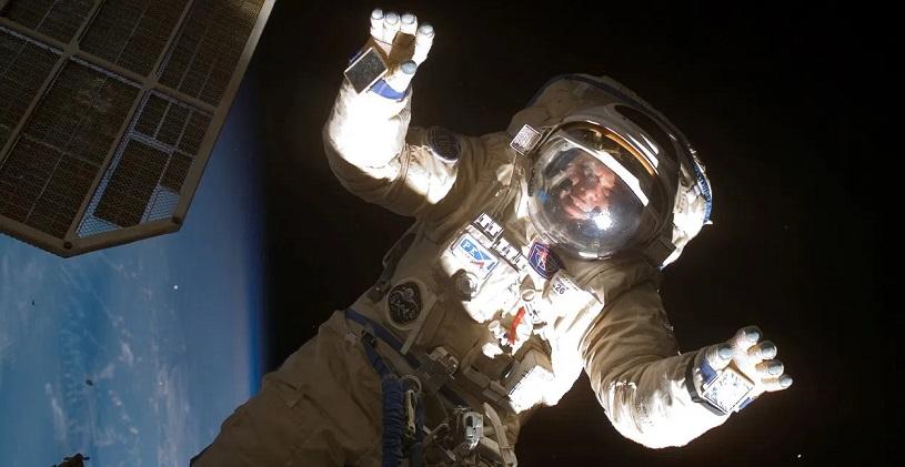 Что будут делать туристы в открытом космосе