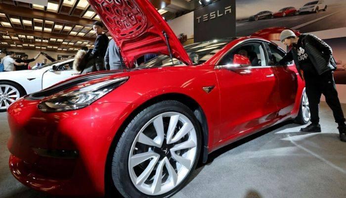 Tesla заняла последнее место в рейтинге качественных автомашин