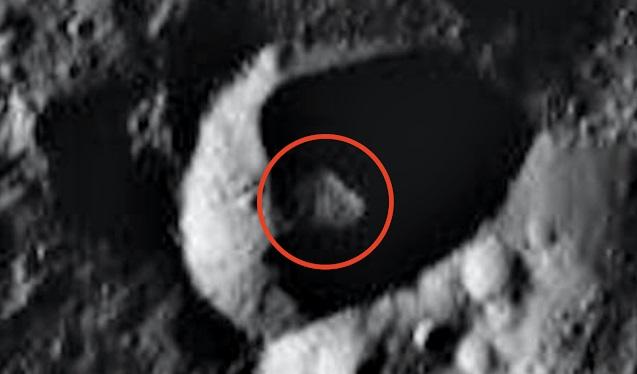 На Церере уфолог разглядел инопланетный корабль