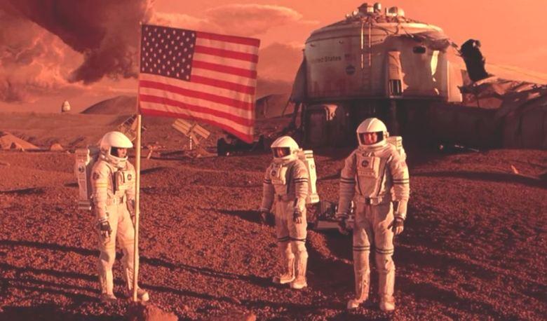 А в это время Уоринг продолжает находить на «фотографиях Марса» загадочные артефакты…