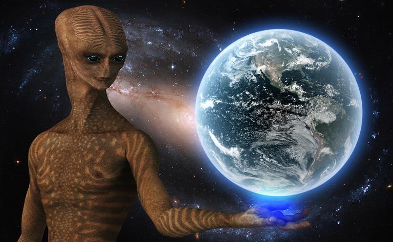 «Посланника с планеты Нибиру» наблюдали в небе над Москвой