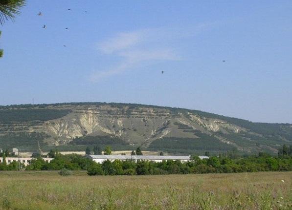 Следы Атлантиды и древних пирамид обнаружены в Крыму