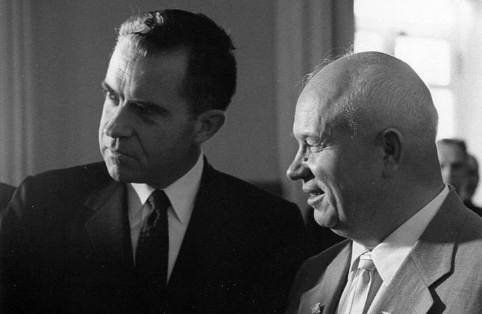 Почему СССР не разоблачил американский лунный заговор? (5 фото + видео)